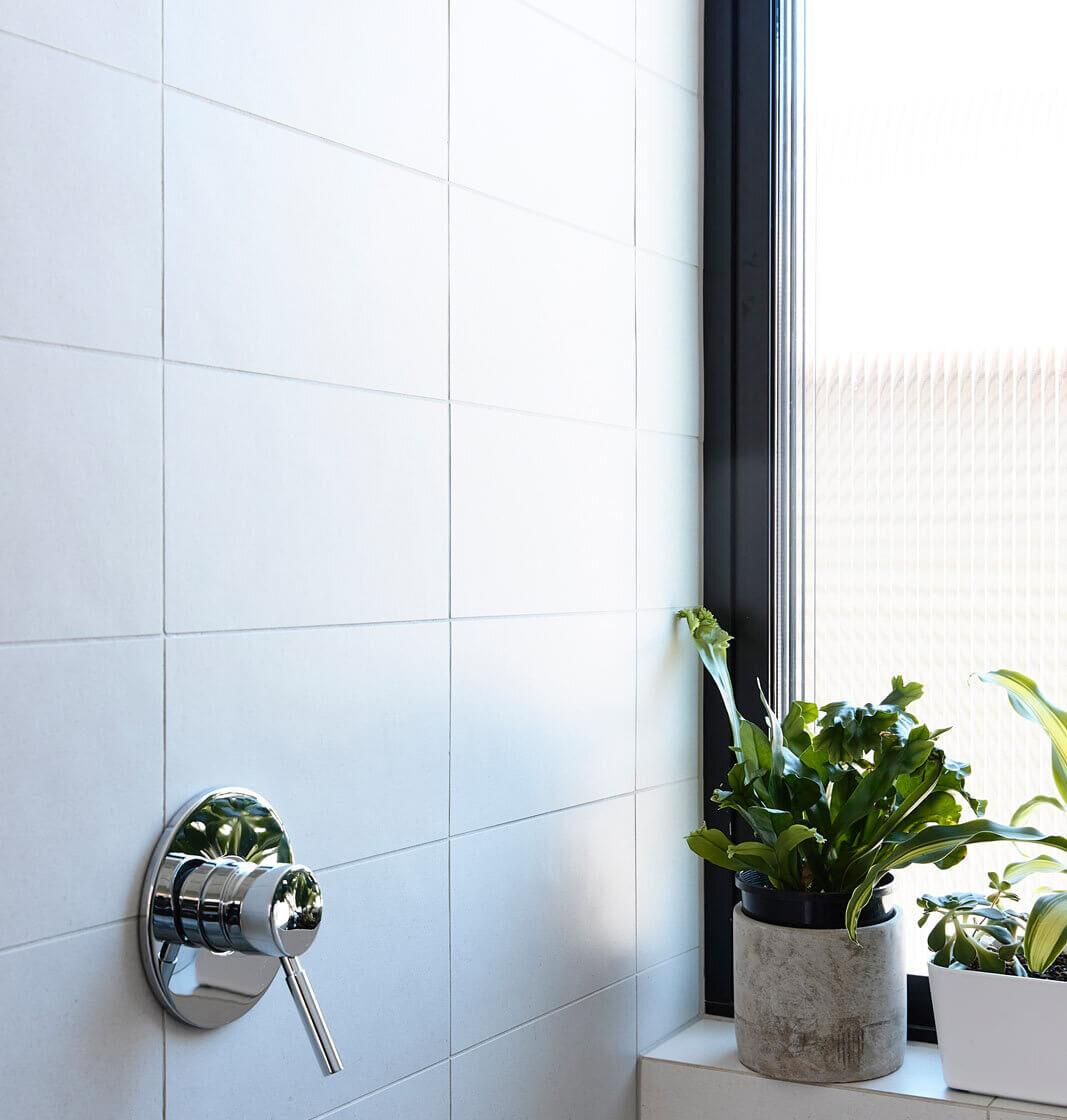 Cava White tile